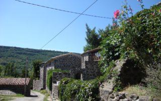 Darbres village