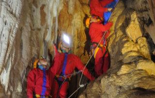 Les Coulisses de la Grotte de la Salamandre