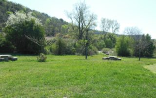 Picnic area of the hamlet « Les Salelles »