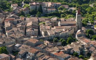 Visite guidée de Villeneuve de Berg, une bastide royale