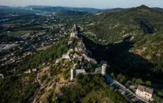 bourg fortifié