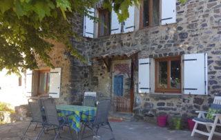Gite les Bourriaux à St Pons - Terrasse