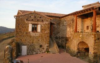 Ferme de Boulègue - Inside courtyard